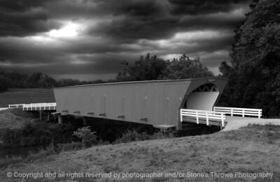 015-hogback_bridge-madison_co-20jun05-bw-abstr-7838