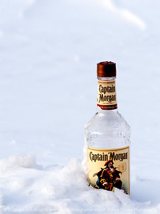 015-bottle_snow-wdsm-11mar13-9891