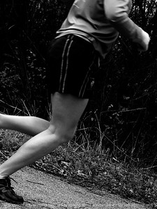 015-jogger-wdsm-25nov11-001-bw-2184