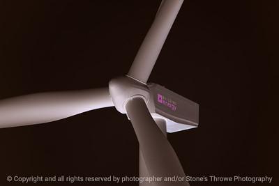 015-wind_turbine-story_co-18sep17-12x08-217-1640