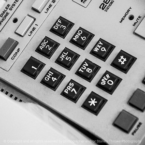 015-phone_keyboard-wdsm-27feb15-09x09-bw-1782