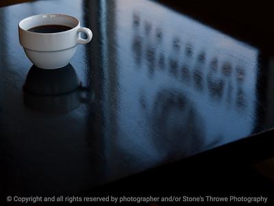 015-coffee_cup_reflections-wdsm-16mar09-cvr-1667