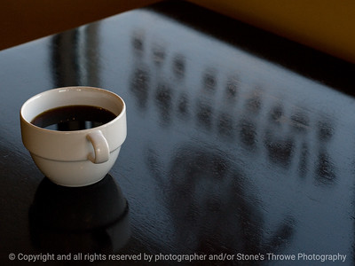 015-coffee_cup_reflections-wdsm-16mar09-1656