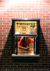 015-timbuktuu_coffee_bar-wdsm-02apr10-0614