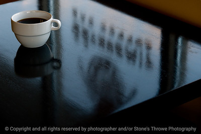 015-coffee_cup_reflections-wdsm-16mar09-1666