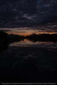015-sunrise-wdsm-11oct16-12x18-004-1546