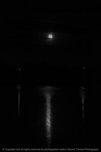 015-moon-wdsm-14nov16-06x09-204-bw-2429