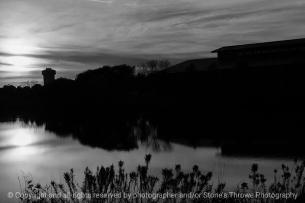 015-sunset-wdsm-27oct16-18x12-003-bw-6512