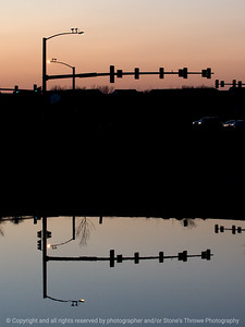 015-intersection_reflection-wdsm-14apr09-cvr-3862