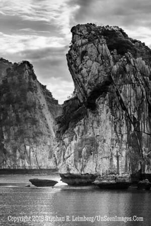 Halong Bay - B&W  Copyright 2018 Steve Leimberg UnSeenImages Com _Z2A5269