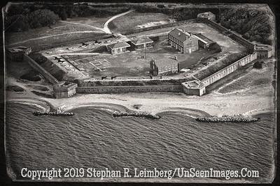 Fort Clinch 3 2014 B&W AGED WITH BORDER  U0U0096