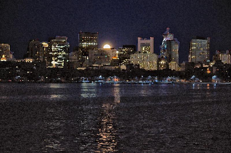 Super Moon Rising over Boston Skyline - Photo: Jennifer Cogswell