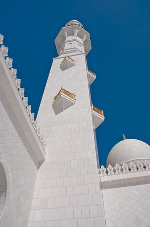 Sheihk Zayed Mosque, Abu Dhabi.  Photo by Stephen Hindley