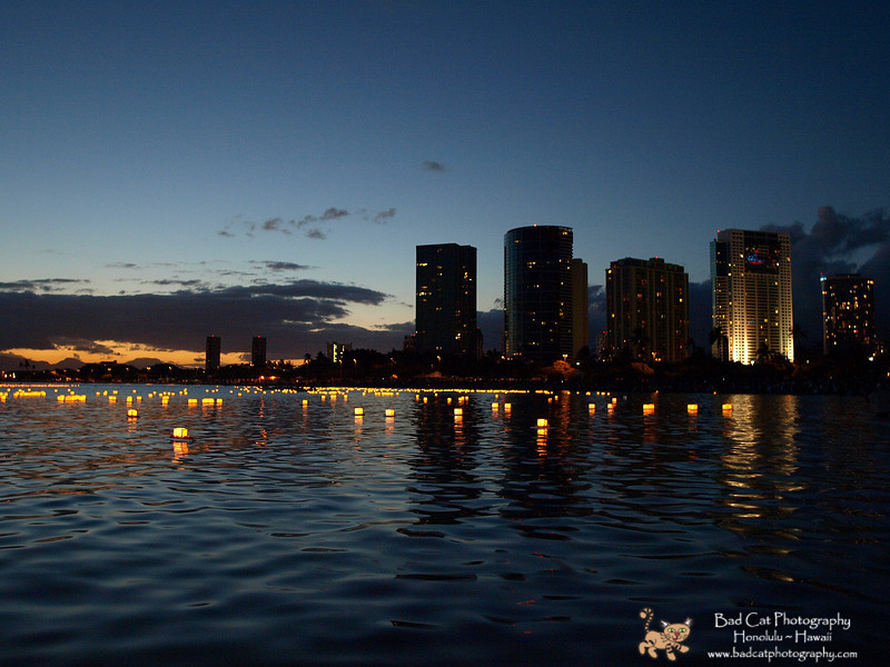 Hawaii Lantern Floating 2008.