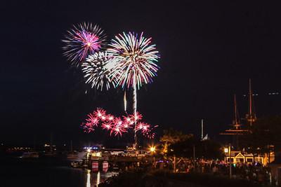 2106 Fireworks-7