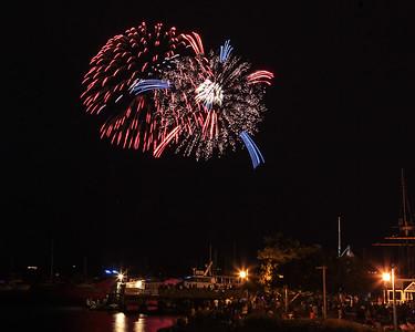 2106 Fireworks-16