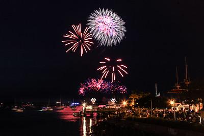 2106 Fireworks-8