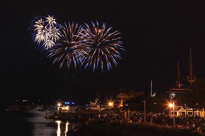 2106 Fireworks-11