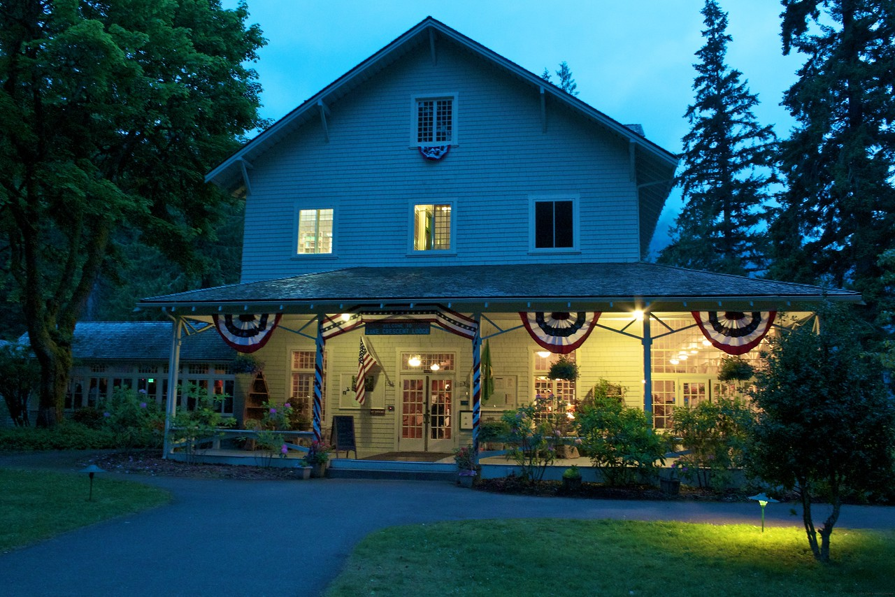 Dusk falls on the lodge at Lake Crescent. As you can see from the EXIF Data, it was still light out at almost 9:30pm.