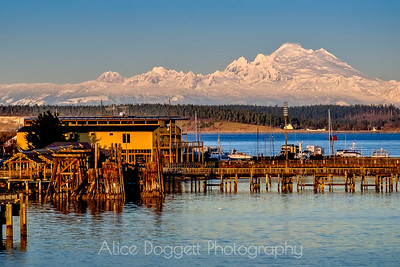 Snow-Covered Mount Baker and the North Cascades (cropped)