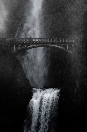 Multnomah Falls,  Oregon, USA
