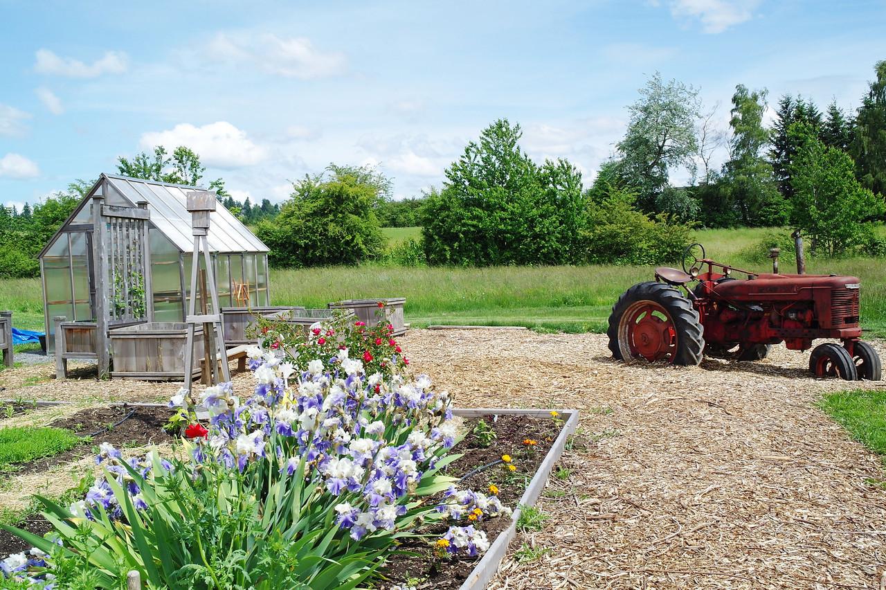 2270 Luscher Farm