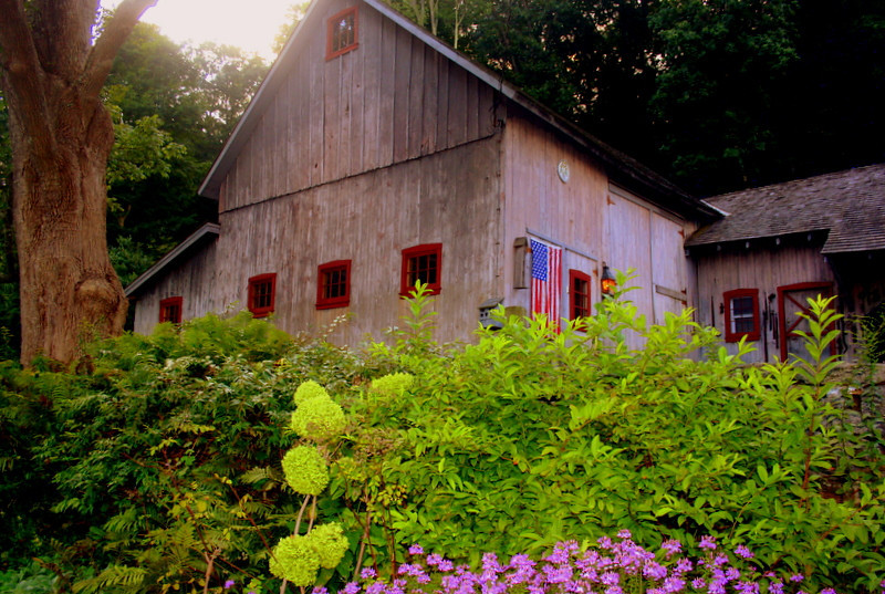 Julie's Barn (Fancher Road)