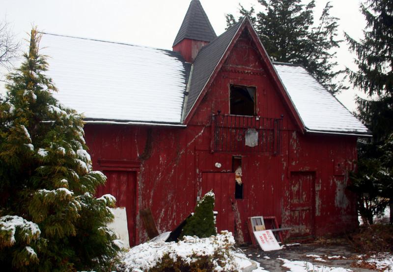 Old Barn, behind Emily Shaw Inn