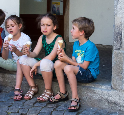 Kids with ice cream--Cesky Krumlov