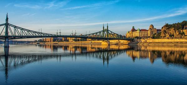Liberty Bridge at sunrise, Budapest