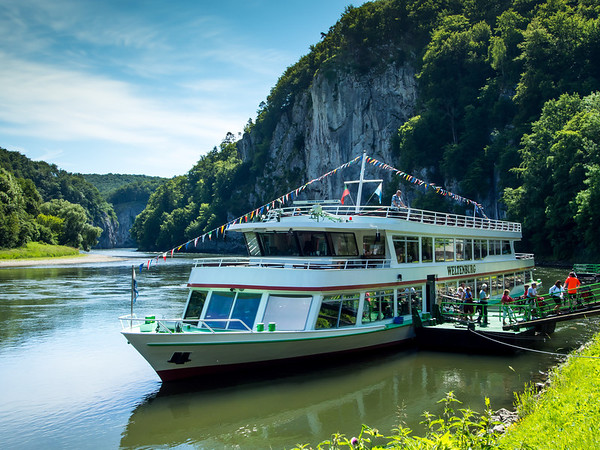 Excursion boat along the Danube
