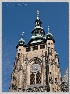 Catedral. Torre principal. Algumas das fotos abaixo foram tiradas das janelas por cima do relógio. Cathedral. Main tower. Some pictures below were taken from the windows above the clock.