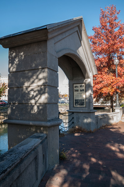 Arch on the canal.