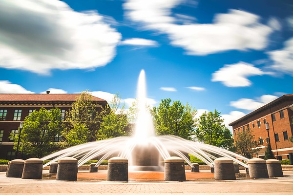 Long-exposure of the Loeb Fountain at Purdue University on a beautiful spring day.