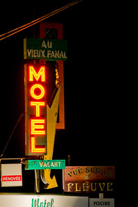 """The motel across the street from ours had a nice, classic sign that I named """"Blinky"""""""