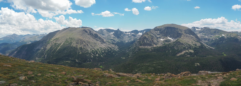 Rocky Mountain peaks, from Forest Canyon Overlook (11,716')