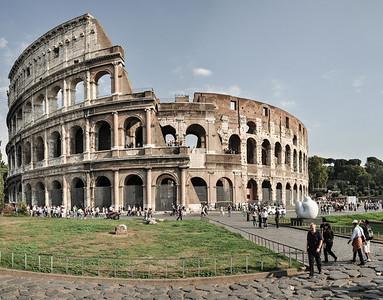 Das Wahrzeichen Roms ist kleiner als erwartet... / The symbol of Rome is smaller than expected...