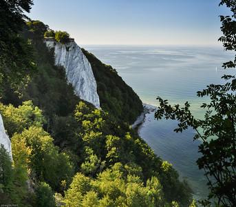 """Der Königsstuhl - größter Kreidefelsen auf Rügen / """"Kings chair"""" - the largest chalk cliff on Ruegen Island"""