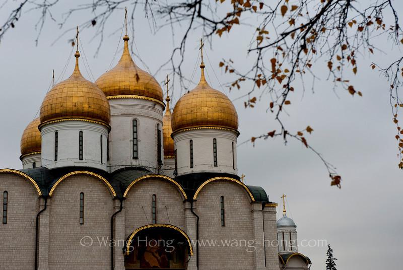 The Assumption Cathedral in the Moscow Kremlin. 克里姆林宫内圣母升天大教堂。