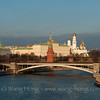 Kremlin over Moscow River in late afternoon in November 2013. 黄昏时分从莫斯科河上望向克里姆林宫,2013年11月初。