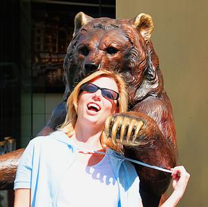 Wild Bear Eats Woman in San Francisco  San Francisco, CA  September 18, 2009