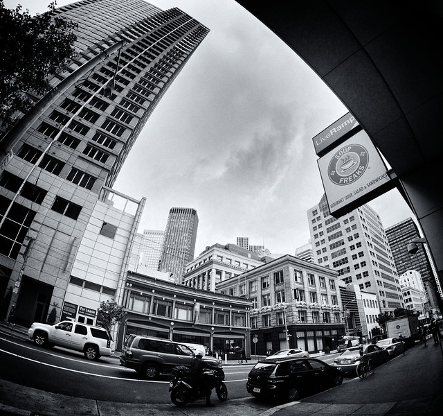 Mission Street in San Francisco ref: 037e6648-8334-4c05-b33f-191ca4a76753