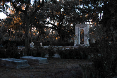 Bonaventure Cemetery at sunset