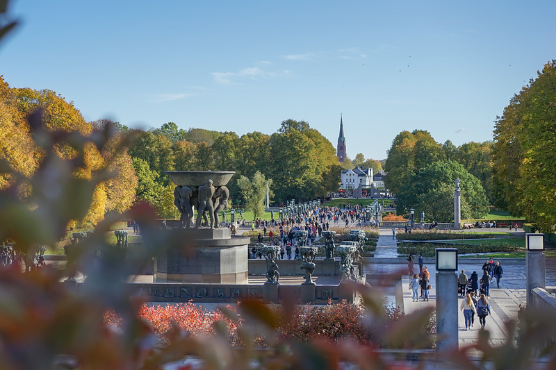 Spectacular Fall Day in Vigeland Park