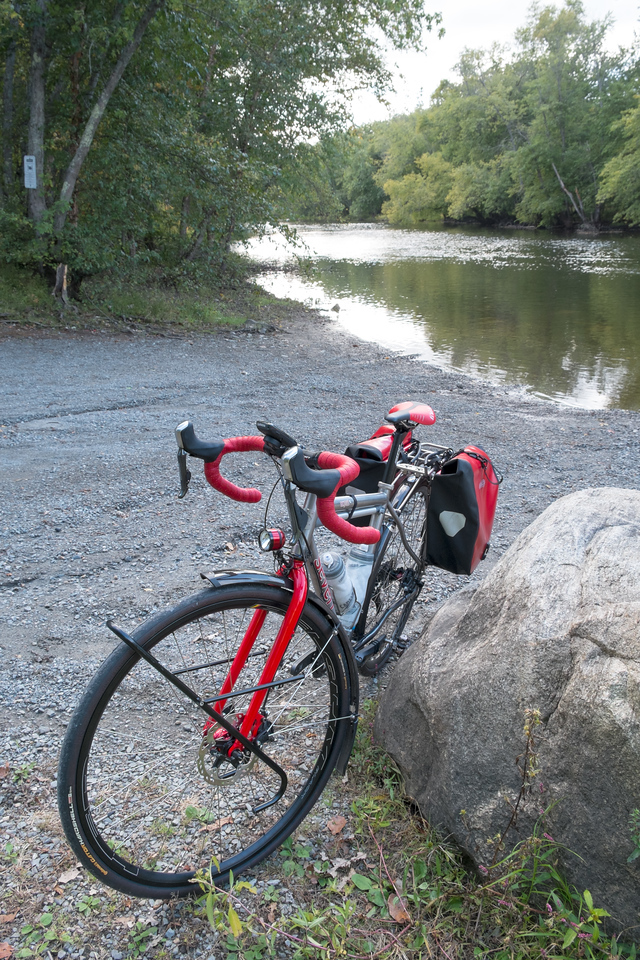 20151004.  Scarlet Seven next to Concord River and Lowell Road bridge in Concord MA.