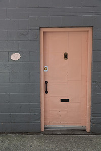 2013_05_30 Seattle Pink Door 002