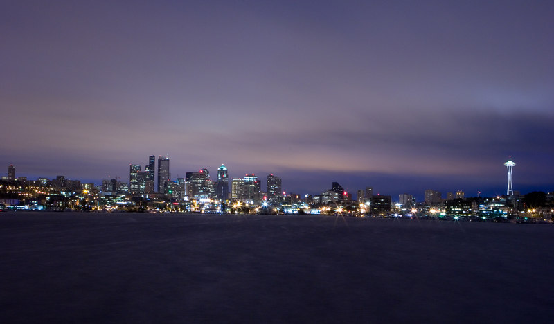 Seattle pre-dawn from Gazworks Park<br /> Lens: 24-70mm f/2.8L