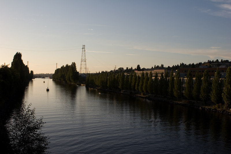 Ship canal from Fremont bridge.<br /> Lens: Canon 24-70 f/2.8L
