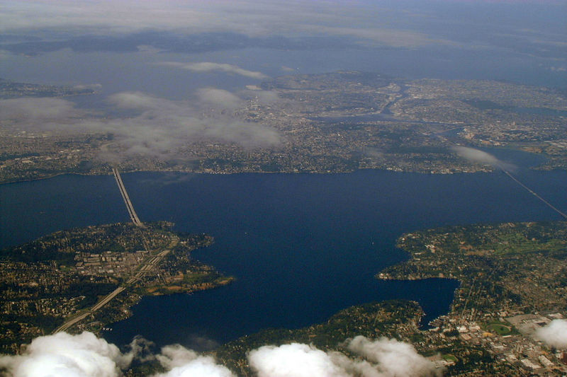 Seattle from above, Aug 2000
