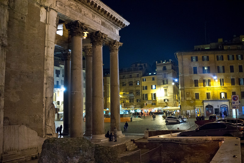 Pantheon at Night, Roma, Italy